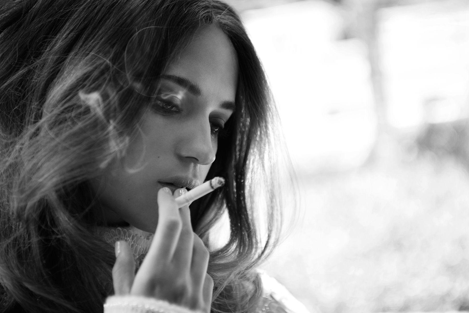 Самые заядлые курильщики среди зарубежных звёзд